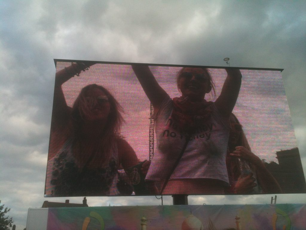 screen holi festival