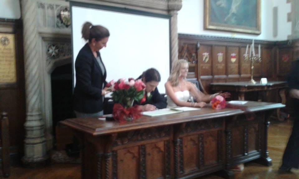 signing details