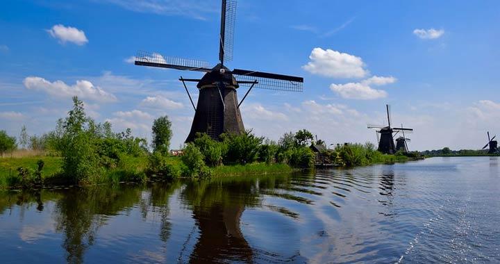 Kinderdijk's-Windmills