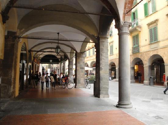 Borgo Stretto