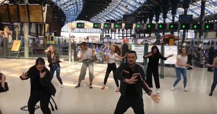 grease-flashmob
